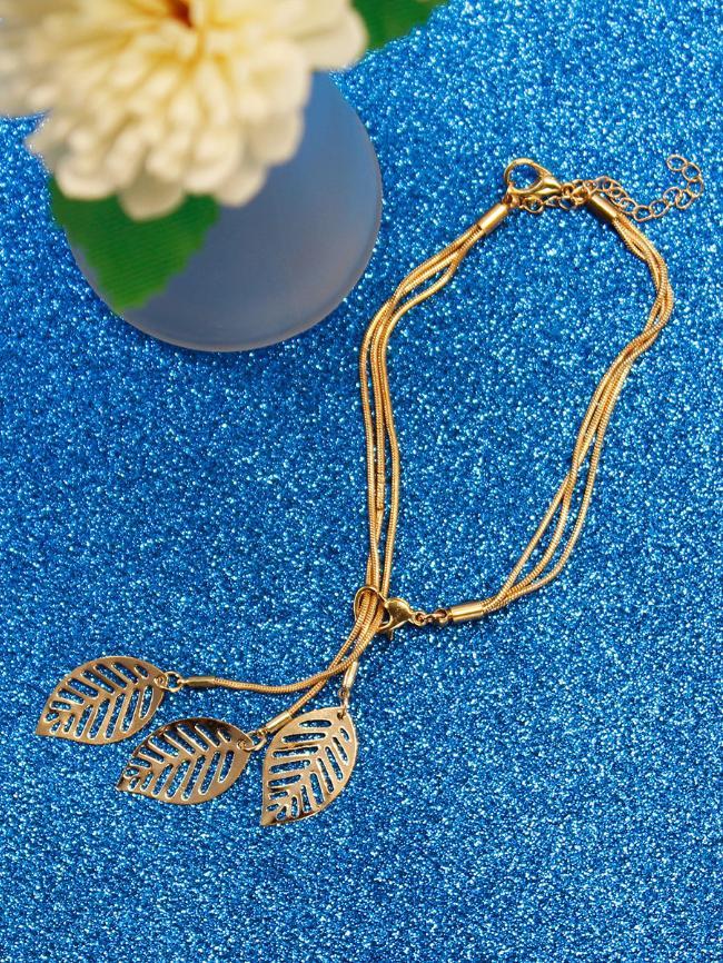 Hollow Leaf Bracelet