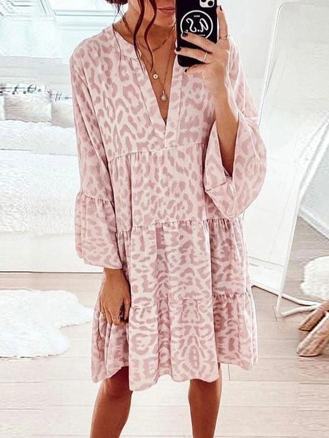 loose V-neck stitching dress
