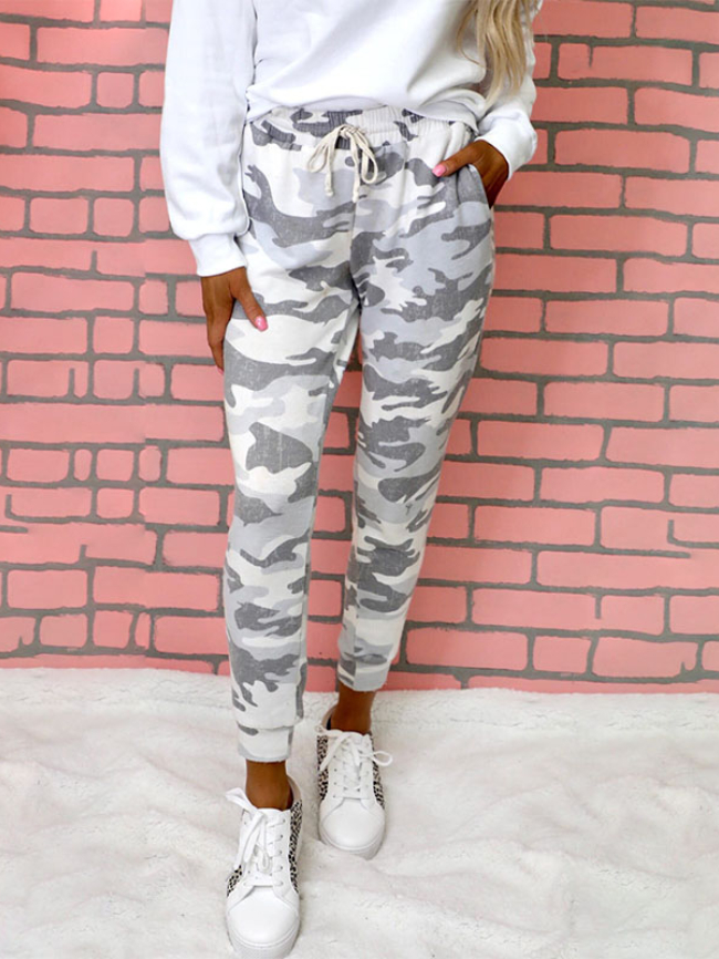 Camouflage print lace-up casual trousers
