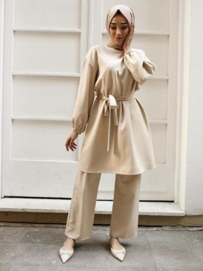 Arab suit