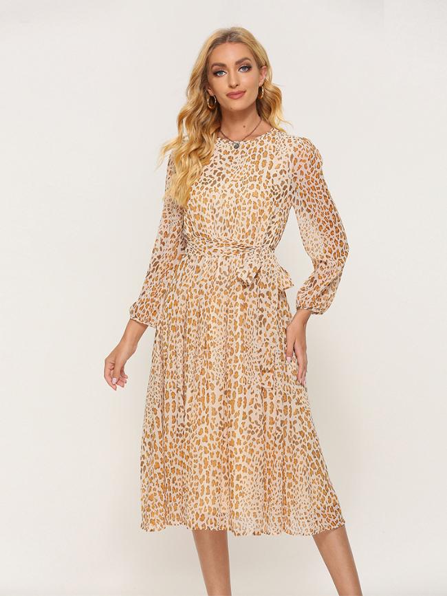 Round neck leopard print dress