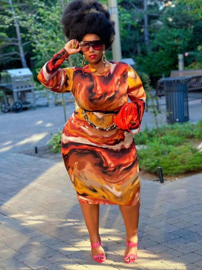 Long-sleeved tie-dye bag hip dress