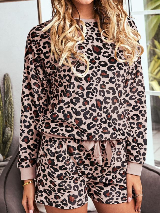 Leopard print long-sleeved shorts pajamas
